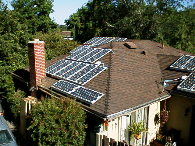 Our 4kw grid tied solar power system a real life example the solar panels and associated wiring swarovskicordoba Choice Image
