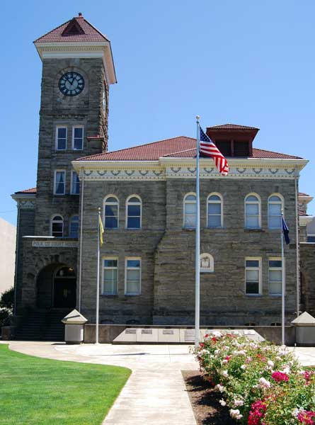 Courthouses of Oregon
